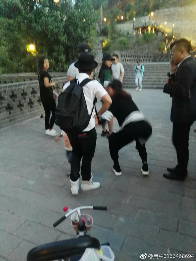 章子怡和汪峰吵架当场黑脸?